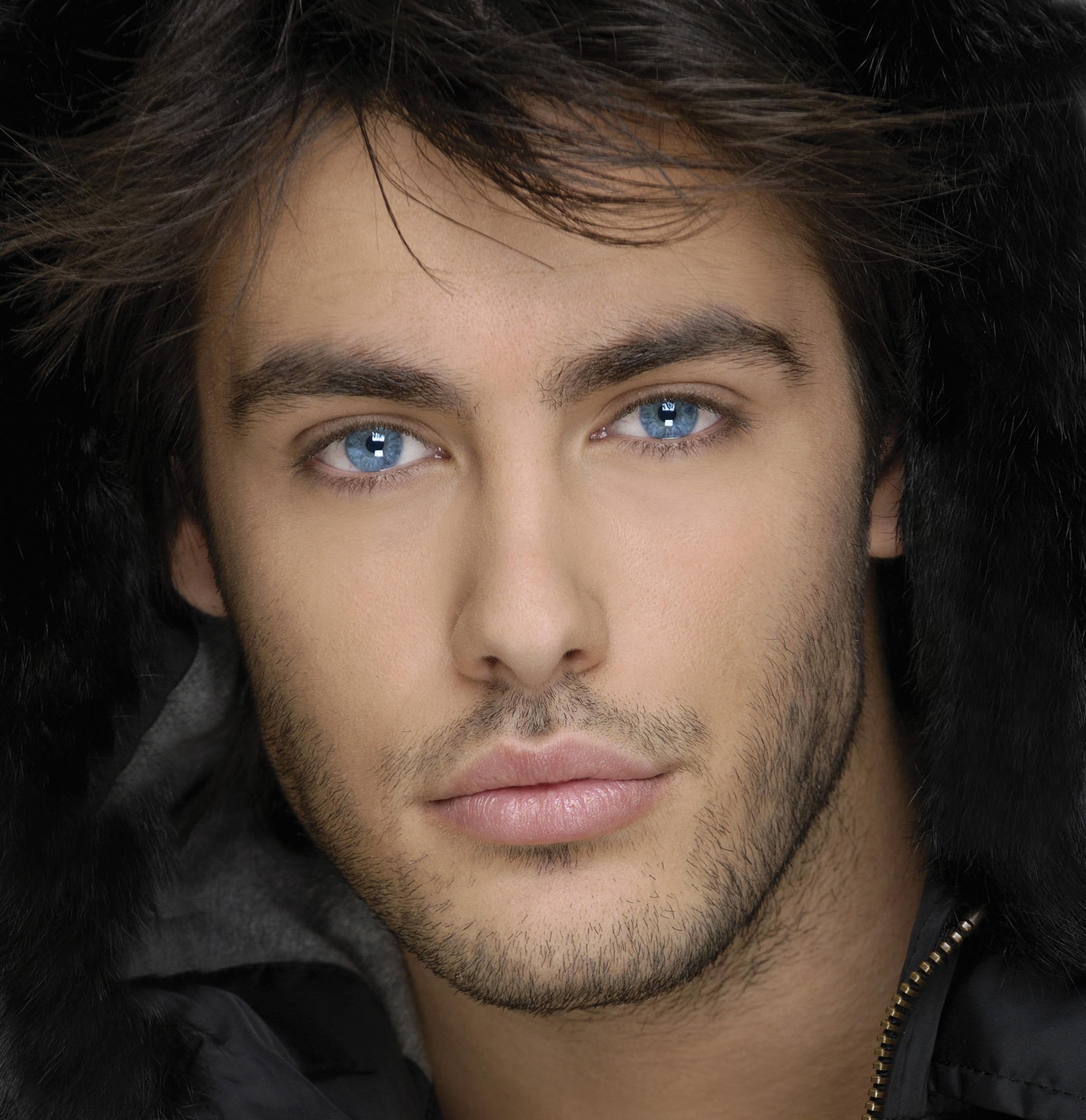 Фото красивых мужчин метисов 1 фотография